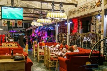 ресторан- венский двор.jpg