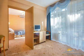 2-местный 2-комнатный Семейный.jpg