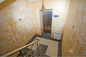 Лестница, лифт.JPG