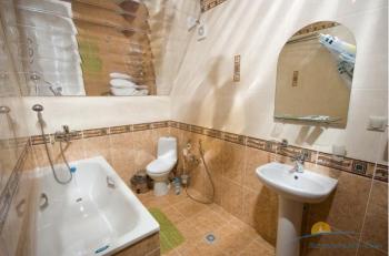 ванная комната 2-местного 3-комнатного Люкса.JPG