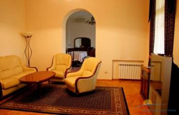 2-мест 3-комн Апарптамент 1,5 глав корп - гостиная.jpg