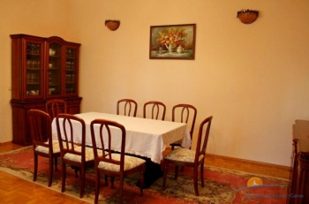 2-мест 3-комн Апарптамент 1,5 глав корп - обеденный зал.jpg