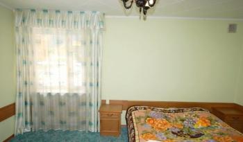 2-местный 2-комнатный Bedroom.jpg