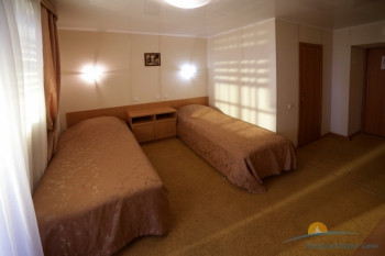 2-местный 1-комнатный номер Стандарт с лоджией.jpg