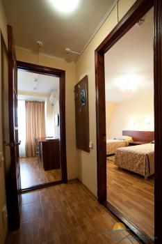 2-местный 2-комнатный номер Стандарт Семейный с доп. местом.jpg