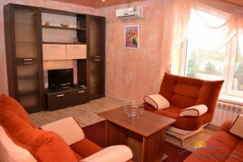 6-местный 3-комнатный Люкс с кухней гостиная.JPG