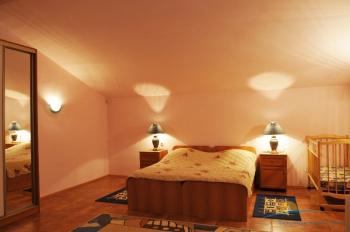 4-местные 2-этажные Апартаменты спальня.jpg