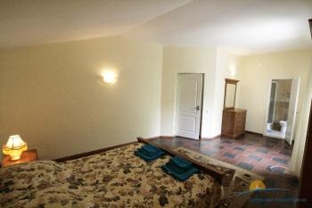 4-местный 2-этажный Апартаменты спальня.jpg