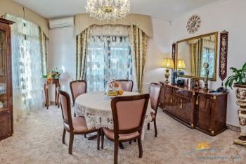 2-мест 3-комн Апартамент  - в гостиной.jpg