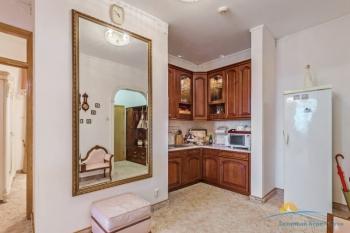 2-мест 3-комн Апартамент  - зона кухни.jpg