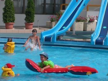 Детская зона в бассейне.jpg