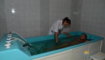 Лечебный корпус - ванны.jpg
