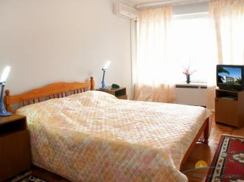 интерьер спальни 2-местного 3-комнатного Люкса.jpg
