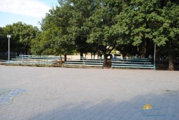 летняя площадка и эстрада.JPG