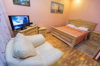 2-местный 2-комнатный Джуниор Сюит спальня.jpg