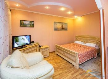 2-местный 2-комнатный номер Джуниор Сюит спальня.jpg