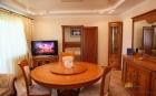 2-комнатный Королев Люкс гостиная