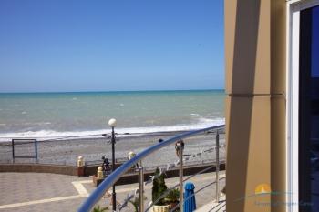 Вид с балкона люкс номера.jpg