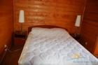 Двуспальная кровать в стандартном номере