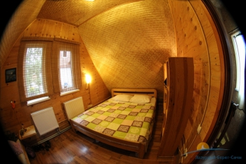 Спальня в домике.JPG