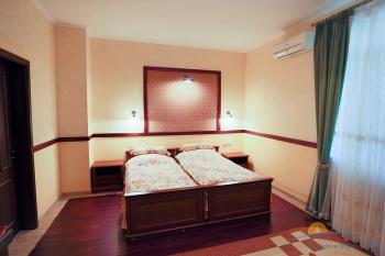 3-комнатный Люкс    -.jpg