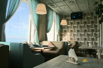 кафе в отеле.jpg