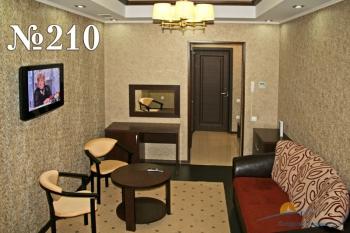 Люкс 3-комнатный 210 (3).jpg