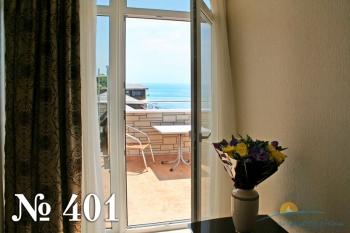 Фэмели Студио 401 (балкон).jpg