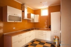 Апартамент С кухня