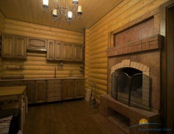 Кухня с камином.jpg
