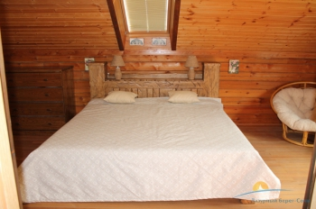 Спальня на 2 этаже.JPG