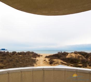 3-мест 1-комн Студия с видом на море - балкон.jpg