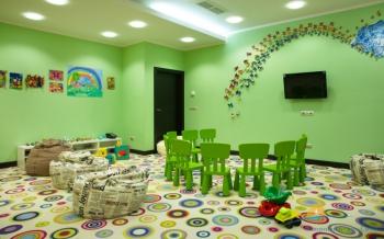 детская комната в отеле.jpg