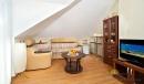 Люкс 3-местный 2-комнатный (гостиная)