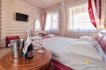VIP коттедж, спальня  -.jpg