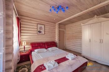 VIP коттедж, спальня  .jpg