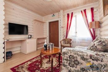 2-местный 2-комнатный Люкс - гостиная.jpg