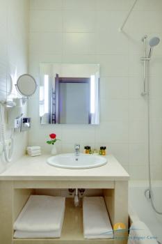 Люкс, ванна.jpg