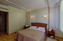 Спальня в 2-местной 2-комнатной Студии