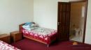 4-комнатный 4-местные Апартаменты. Спальня и санузел