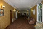 коридор -холл