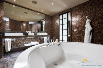 2-комнатный Sea View Suite Terrace - санузел.jpg