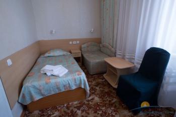 2-местный 2-комнатный Стандарт спальня.jpg