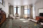 Люкс общий вид спальни