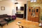 Гостиная с кухней в 6-местном апартаменте