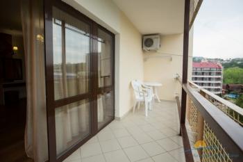 2-местная Студия VIP - балкон.JPG