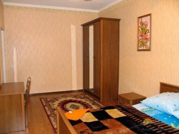 4-местный 3-комнатный Люкс спальня.jpg