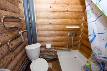 2-местный 1-, 2-комнатный номер Стандарт санузел.jpg