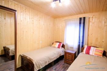КОТТЕДЖ 5 -  спальня 2 этаж.jpg