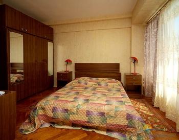 2-местн 2-комнатный люкс спальня..jpg